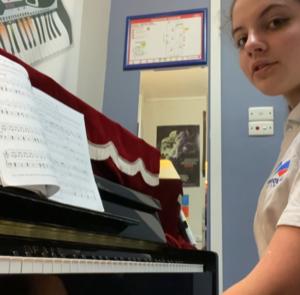Music-Laura-Harrison